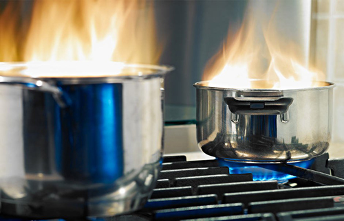 Brennende-Töpfe 500x332